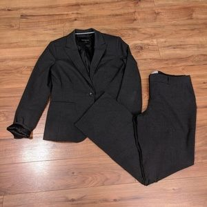 [8/10P] Banana Republic Dark Gray Suit
